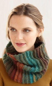 Lion Brand Fast and Easy Cowl