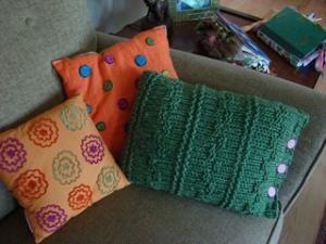 Knit Side Button Pillow